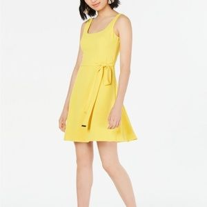 Womens Kensie Tie-Waist Shift Dress Yellow